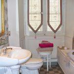 Salle de bains de la Chambre des Rhododendrons